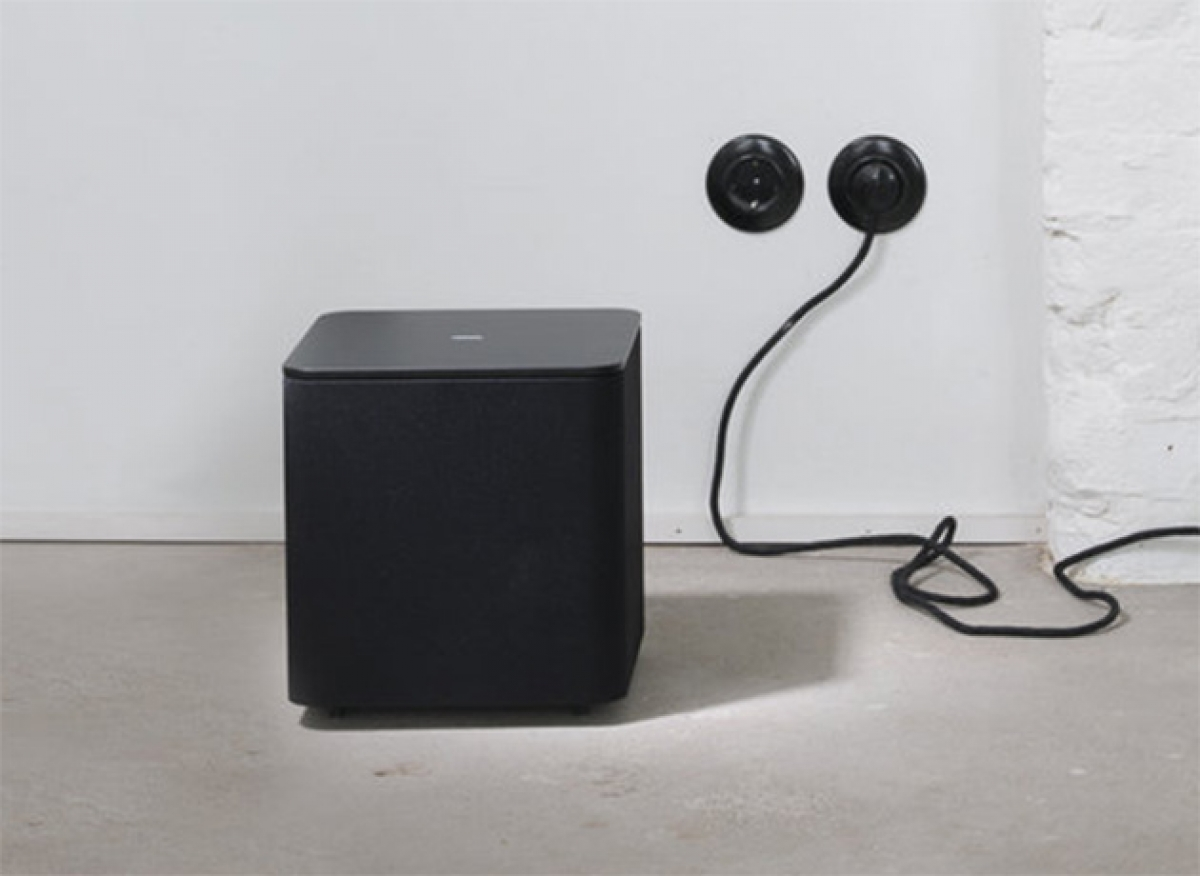 loewe klang 1 subwoofer. Black Bedroom Furniture Sets. Home Design Ideas