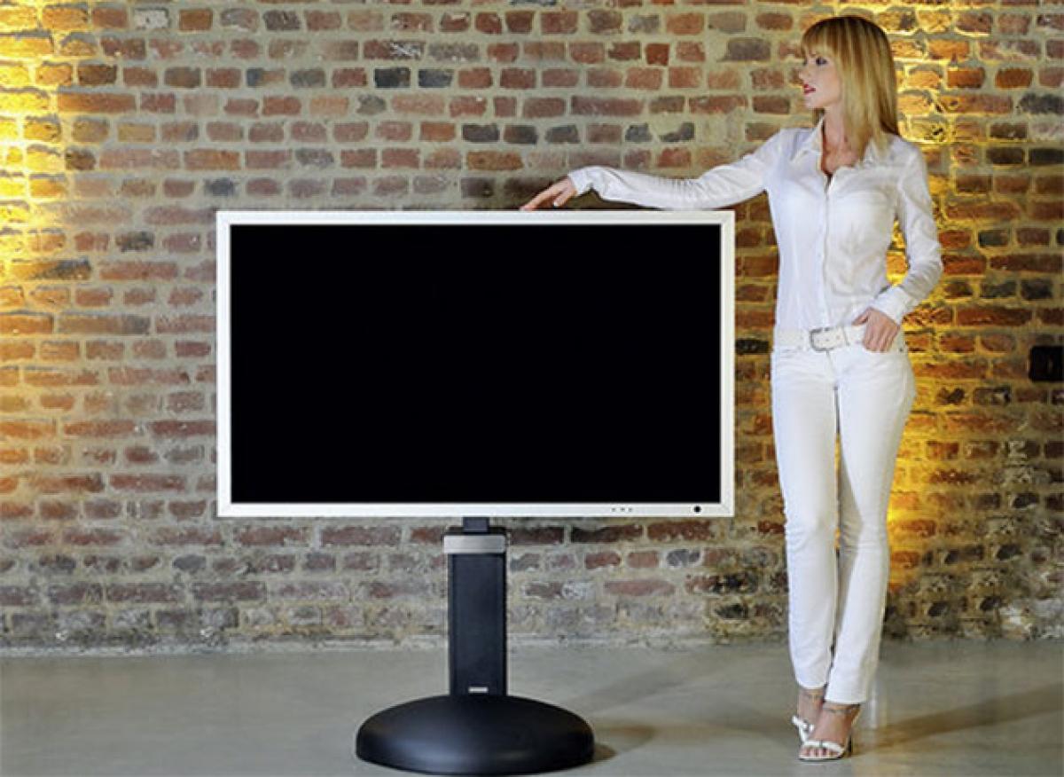 wissmann tv halter mit unsichtbare kabelf hrung. Black Bedroom Furniture Sets. Home Design Ideas